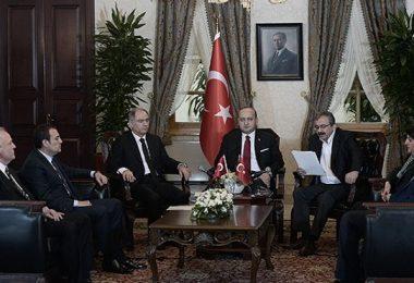 Hükümet ve Devlet yetkilileri ile HDP İmralı Heyeti 28 Şubat 2015'te çözüm süreci hakkında ortak basın toplantısı düzenlemişlerdi.