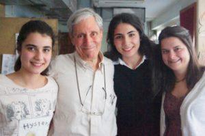 Söz küçüğün ekibi canlı yayın stüdyosunda Açık Radyo Ömer Madra'yı konuk ediyor (26 Mart 2012)